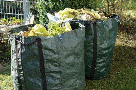 garden-waste-1047259_960_720